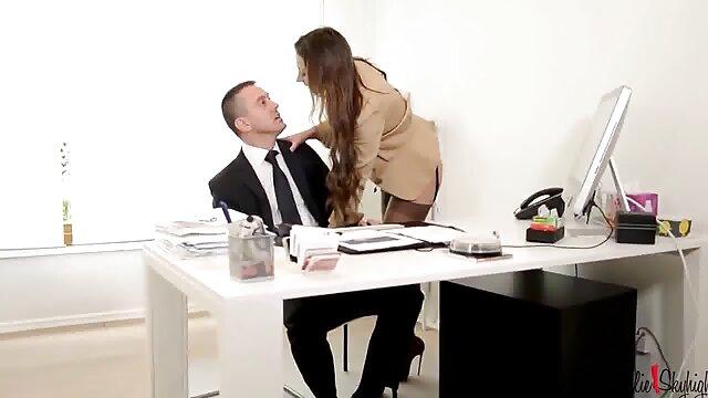 Sexy secrétaires