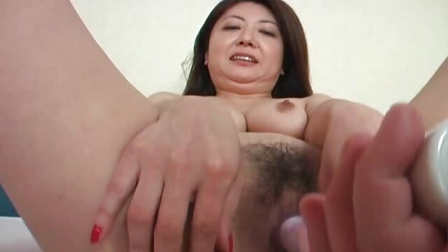 La superbe nymphe porno arab xxnx des Yanks Yasmin se masturbe