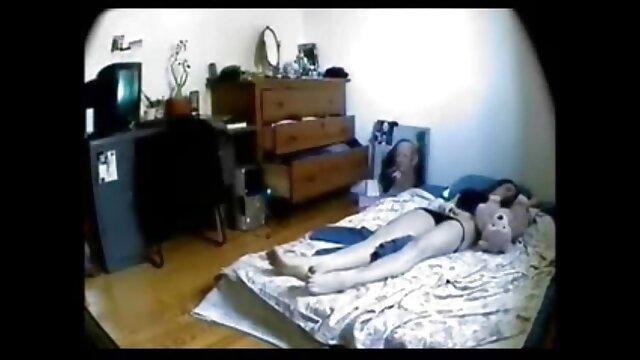 Babe échangiste chic baisée devant la caméra sex porno gratuit arab
