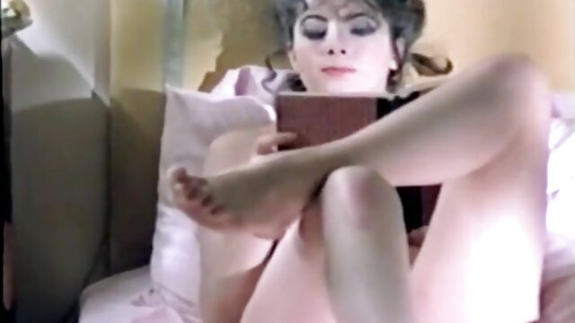 Interraced.com Une brune tatouée sex aflam arabe reçoit un massage chaud