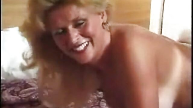 Charlotte Stokely mange sa mère porno arab classic Cherie Deville