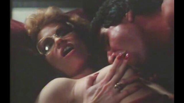 Couple interracial chaud porno arab vierge dans une nuit d'été